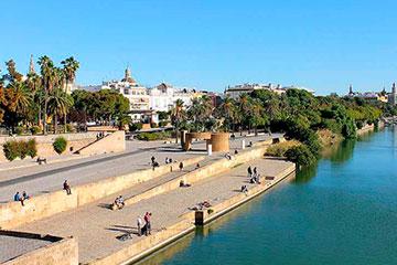 Tour por Sevilla con paseo por el Guadalquivir